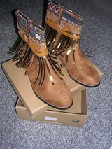 western boots  NEW,reduced to  15 GBP in Lakenheath, UK