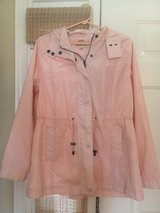 Women's Large Rain Jacket in Yorkville, Illinois