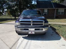 98 Dodge Ram 1500 in Fort Campbell, Kentucky