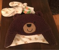 6-9 Mos. Hat & Mittens in Bolingbrook, Illinois