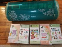 Cricut expressions machine & 5 cartridges in Joliet, Illinois