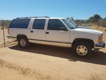 93 GMC Suburban in Yucca Valley, California