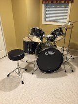 Drum set in Glendale Heights, Illinois