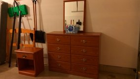 Bedroom Furniture Set - REDUCED in Joliet, Illinois