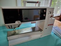Bernina 880 plus sewing machine and desk in Westmont, Illinois