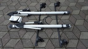 Thule Bicycle Roof Rack for 2010 VW Golf in Ansbach, Germany
