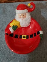 Santa candy dish in Bolingbrook, Illinois