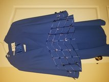 Beautiful Ladies suit size 20w in Fort Campbell, Kentucky