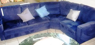 3 days- til Wed. 23 Oct>Blue Curved Couch in Ramstein, Germany
