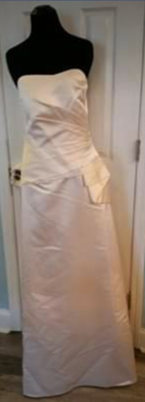 Prom Formal Gowns Size 14 in Camp Lejeune, North Carolina