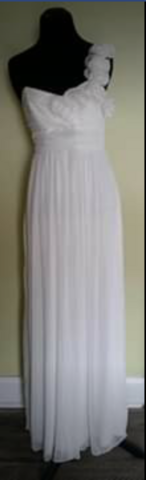 White Formal Prom Wedding Ball Gown Size 5 in Camp Lejeune, North Carolina