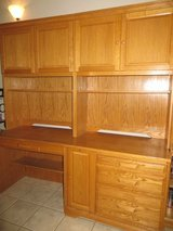 Oak computer desk set in Alamogordo, New Mexico