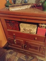 oak tv stand in Clarksville, Tennessee