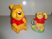 Winnie the Pooh Cookie Jar and Pooh Bear bank Like New in Joliet, Illinois