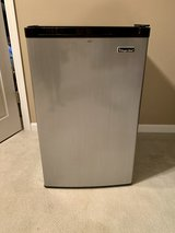 Magic Chef 4.4 CU FT Refrigerator with Freezer Stainless Steel in Chicago, Illinois