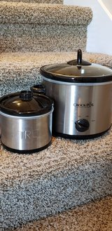 Large and Small Crockpot in Clarksville, Tennessee