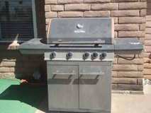 Master Forge 4 Burner Gas Grill - Sale Pending in Alamogordo, New Mexico