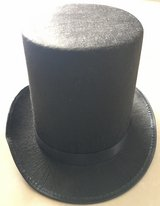 Lincoln Stovepipe Hat in Okinawa, Japan