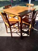 Pub table and 4 chairs in Fort Campbell, Kentucky