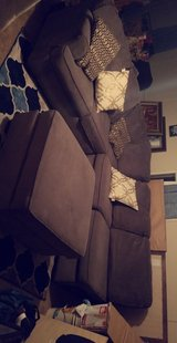 gray sectional couch l shaped in Kingwood, Texas