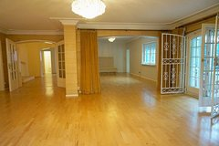 Large 5 BR single family home with indoor pool in Wiesbaden, GE