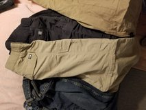 North Face pants zippered legs in Fort Leonard Wood, Missouri