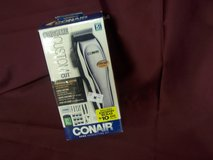 Conair 21 Hair Piece Hair Cutting Kit with Tote Bag in Alamogordo, New Mexico