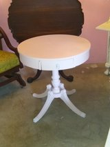 signed ultra high end entry table in Cherry Point, North Carolina