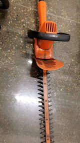 Hedge Trimmers set in Naperville, Illinois