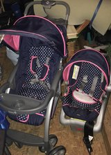 Carter's baby stroller and car seat! Looks new! in Warner Robins, Georgia