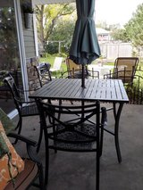 Outdoor Table and 4 chairs (Umbrella and stand not included) in Chicago, Illinois