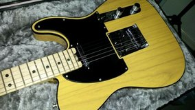 Electric Guitar - Fender American Elite Telecaster, Butterscotch Blonde (Mint Condition) in 29 Palms, California