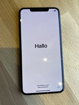 iPhone XS Max 512GB Space Gray + Case - Perfect Condition in Stuttgart, GE