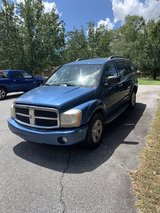 2004 Dodge Durango SLT W/ 3rd row in Fort Benning, Georgia