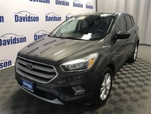 2017 Ford AWD Escape SE / I specialize in helping people with credit issues in Fort Drum, New York