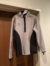 Men's Sharkskin Long Sleeve Top M Size in Okinawa, Japan