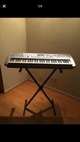 Yamaha PSR292 keyboard in Naperville, Illinois