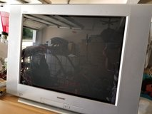 "Samsung 32"" with DVD player in Fort Benning, Georgia"