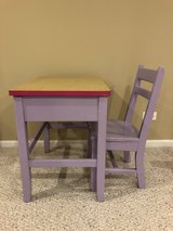 Kids Desk and Chair in Naperville, Illinois