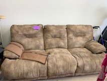 beautiful reclining couch in Alamogordo, New Mexico