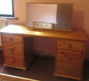PINE DRESSING TABLE WITH MIRROR-SHABBY CHIC PROJECT in Lakenheath, UK