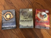 Divergent / Insurgent / Allegiant Hardcover set By Veronica Roth in Naperville, Illinois