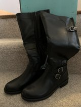 Women's Tall Boots (New) in Naperville, Illinois