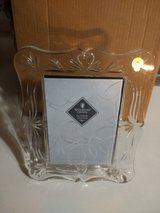 WATERFORD CRYSTAL PICTURE FRAME ( WEDDING HERILOOM) 5 X 7 BRAND NEW in Naperville, Illinois