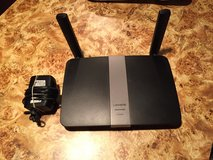 Linksys router EA3650 in Orland Park, Illinois