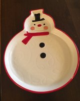 Snowman Dish in Naperville, Illinois