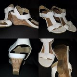 White wedge sandals size 8 in Chicago, Illinois
