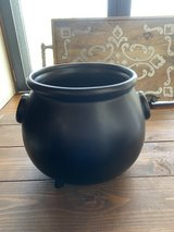 Williams Sonoma Cauldron Serving Bowl/Candy bowl Halloween in Okinawa, Japan