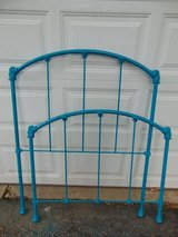 Adorable Vintage Lagoon Metal Twin Bed in Yorkville, Illinois