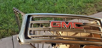 Front Grille from 2016 GMC Sierra. in Alamogordo, New Mexico